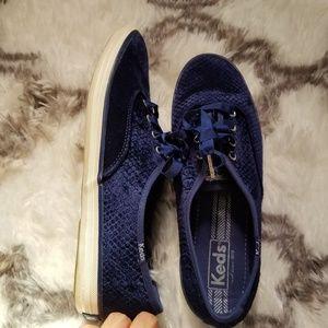Keds dark blue velvet lace up shoes sz 8.5